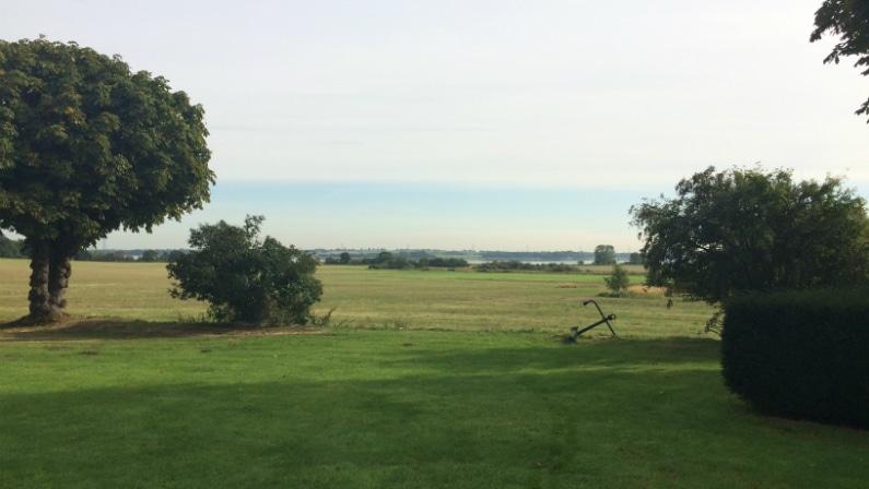 Udsigt fra parken, Torp Ladegård