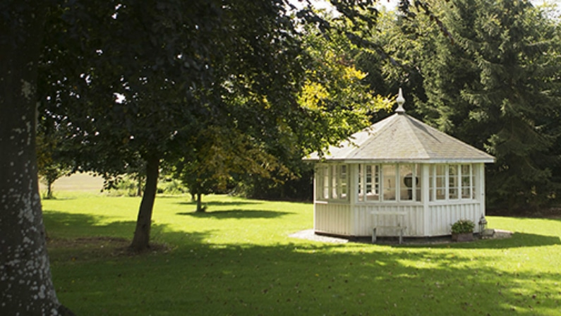 Pavillon i haven, Helrslevgaard